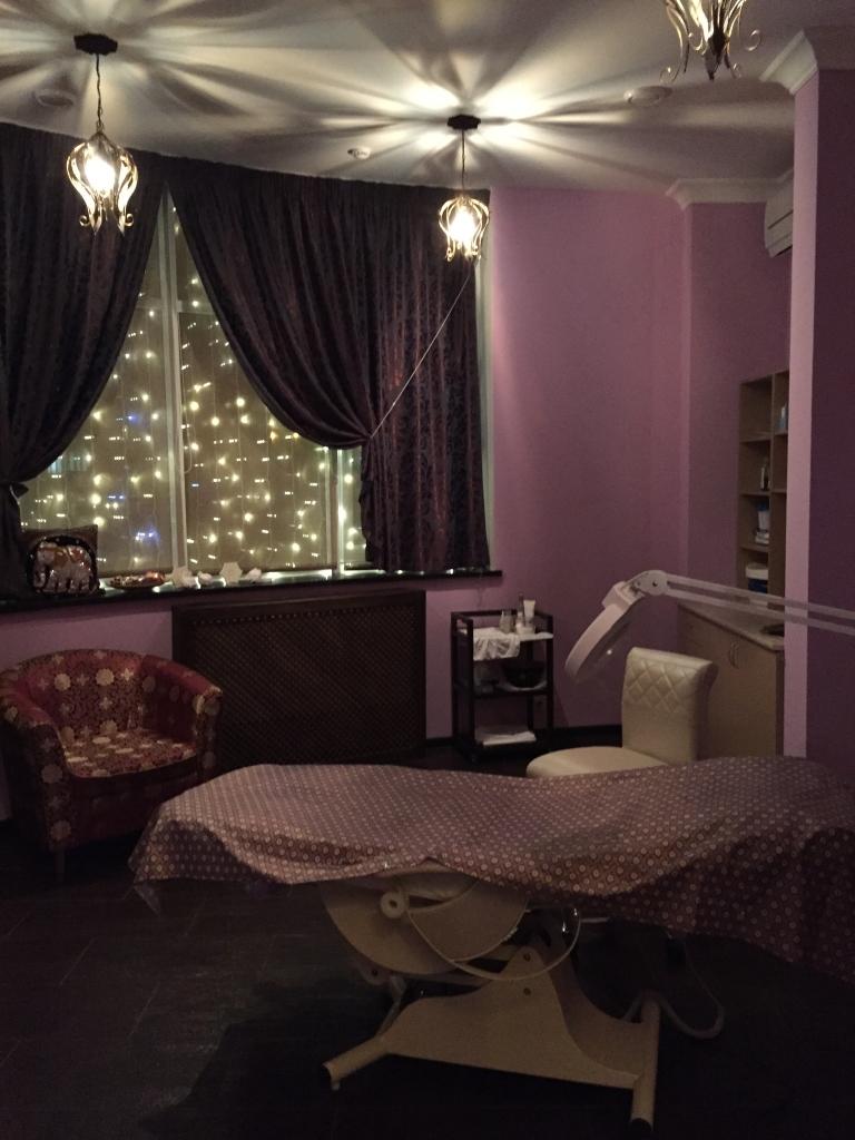 Самые хорошие салоны москвы эротического массажа 22 фотография