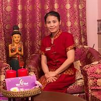 Тайский мастер спа салона Вай Тай Остоженка - Тиу