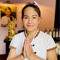 Тайский мастер спа салона Вай Тай Рокоссовского - Эмм